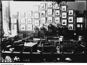 Courtroom in Old City Hall circa 1910. City of Toronto Archives, Fonds 1244, Item 637.
